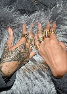 Rihanna Photos Photos - Rihanna's hands as she attends the Lanvin show as part of the Paris Fashion Week Womenswear Fall/Winter 2014-2015 on February 27, 2014 in Paris, France. - Front Row at the Lanvin Show