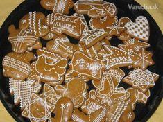 Gingerbread Cookies, Christmas Cookies, Honey Cookies, Cookie Cutters, Biscuits, Food And Drink, Cooking, Recipes, Noel