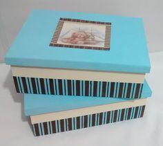 2 Caixas em mdf, com pintura e decoupagem. <br>Vai presentear? Peça embalagem especial sem custo adicional, <br>Medidas 23x34cm cada