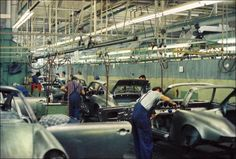 Porsche Factory Pictures from 1971