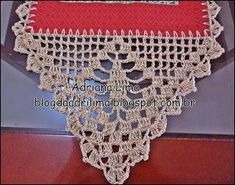 Adriana Lima: Table runners with barred crocheted Crochet Boarders, Crochet Edging Patterns, Crochet Motif, Lace Doilies, Crochet Doilies, Crochet Lace, Valentine Gifts For Mom, Crochet Table Runner, Crochet Decoration