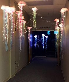 Hanging Jellyfish Lantern- Light Up Jellyfish with remote control – Unique Lighting that's handcrafted into a glowing jellyfish! Large Hanging jellyfish light with remote! Under The Sea Theme, Under The Sea Party, Under The Sea Decorations, Ocean Theme Decorations, Jellyfish Decorations, Diy Underwater Decorations, Sea Bedrooms, Jellyfish Light, Tiki Bar Decor