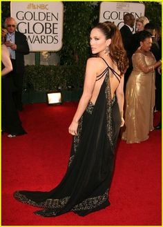 ahh. the dress that started it all for me and marchesa. jlo oscars 2007.