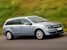 http://www.thebestcars.gr/filemanager/userfiles/carphotos/large/opel_astra-combi.jpG