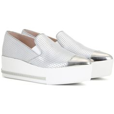 Miu Miu Embossed Metallic Leather Platform Slip-on Sneakers (331.050 CRC) ❤ liked on Polyvore featuring shoes, sneakers, silver, platform shoes, platform slip on sneakers, leather sneakers, pull-on sneakers and platform slip on shoes