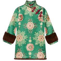 Gucci Sea Lace Print Silk Dress (€5.175) ❤ liked on Polyvore featuring dresses, kimono dress, green embroidered dress, green silk dress, embroidered dress and three quarter sleeve dress