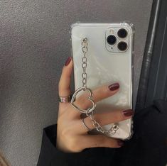 Kpop Phone Cases, Cute Phone Cases, Iphone Bumper Case, Coque Smartphone, Iphone 11, Iphone Cases, Accessoires Iphone, Aesthetic Phone Case, Heart Chain