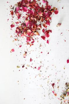 Pure Passion : Rose Petal Dark Chocolate Bar