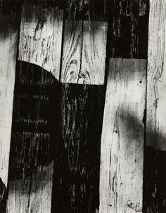 View Chicago 11 by Aaron Siskind sold at Photographs from the Collection of the Art Institute of Chicago on Online-Only Auction 8 – 22 December 2014 . Texture Photography, Photography Lessons, Artistic Photography, Abstract Photography, Landscape Photography, Contemporary Photography, Aaron Siskind, Black And White Landscape, Black White