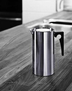 AJ Coffee Press, Stelton. Design: Arne Jacobsen