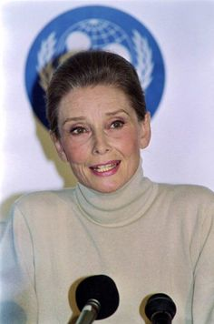 September 29, 1992, during a press conference for UNICEF, UNICEF ambassador Audrey Hepburn photographed by Allen Roger in London. She had just returned from visiting Somalia.
