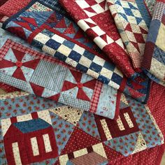 Gotta love red, white and blue doll quilts. See more small quilt patterns by Kathleen Tracy - www.countrylanequilts.com