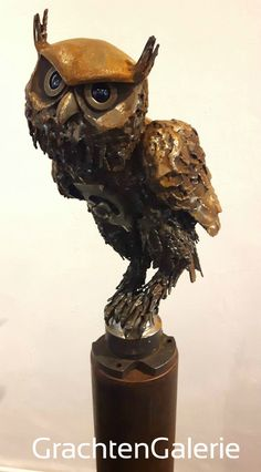 GrachtenGalerie l Joshua Pennings l Turning heart owl l Draaiend hart l CorTen-Staal l Roest l Rust l Dieren l Animals l Ijzer l Iron l Binnen l Inside l Buiten l Outside l Glas l Vleugels l Wings