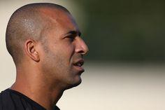 """BotafogoDePrimeira: Sheik critica diretoria """"incompetente"""": """"Quem vend..."""