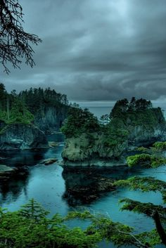 Cape Flattery, Washington / photo by Bill Ratcliffe....northwestern most point of continental U.S.