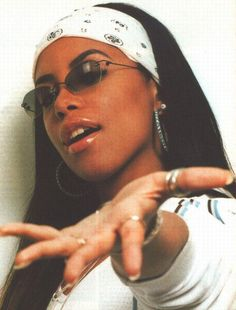 Aaliyah 90s Fashion | 90s aaliyah RnB nineties superstar r&b happybirthdayaaliyah