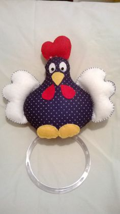 The post Porta tecido de prato penosa da angola. appeared first on Berable. Easy Sewing Projects, Diy Craft Projects, Sewing Crafts, Crafts To Sell, Diy And Crafts, Chicken Crafts, Rooster Decor, Camping Crafts, Felt Fabric