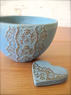 Bronze Blue Ceramic Lace Bowl with Heart Lace Cutlery by Hideminy
