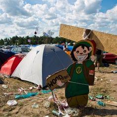 Flaga to może nie jest, ale według mnie, zasługuje na miejsce na tej tablicy. Woodstock, Outdoor Gear, Tent, Sports, Hs Sports, Store, Tents, Sport