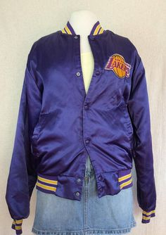 453f53da690 LA Lakers Starter Jacket    Vintage vtg 1990s 90s NBA throwback satin bomber  Los Angeles basketball sport jacket purple gold size M Medium