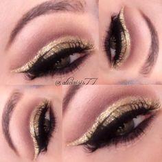 Alicia Ventimiglia  Instagram: @aliciaisis77 Facebook: Makeup by Alicia Isis || Makeup Artist #makeup #cutcrease #mua #glitter