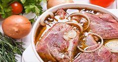 Μαρινάδες για κοτόπουλο Τρεις διαφορετικές μαρινάδες για να καλύψουν όλα τα γούστα. Απλώστε τις με πινέλο πάνω στα κομμάτια του κοτόπο... Sweets Recipes, Cooking Recipes, Bbq Rub, Appetisers, Greek Recipes, Pot Roast, Food Network Recipes, Bacon, Good Food