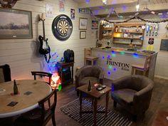 My pub shed! Home Bar Rooms, Diy Home Bar, Home Pub, Bars For Home, Tv Rooms, Man Cave Shed, Man Cave Home Bar, Garage Game Rooms, Garage Pub