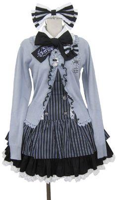 I love ice blues with silvers/grays, white, & black Harajuku Fashion, Kawaii Fashion, Lolita Fashion, Cute Fashion, Asian Fashion, Unique Fashion, Fashion Outfits, Fashion Design, Casual Cosplay
