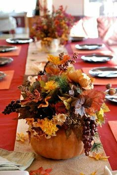 Fall #table #centerpieces: Decorating with fall leaves