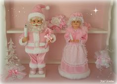Santa and the Mrs in Pink :) <3 <3