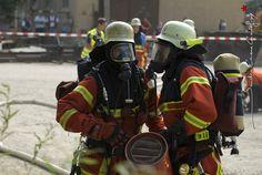 Binôme de pompiers de la Rastatt Feuerwehr [Ref:2410-15-0795]