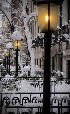 Snow Lanterns, West Village, New York City! I can't wait to visit this winter! So, So excited!