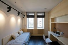 темн пол+светлые стены, бел плинтус, белые окна