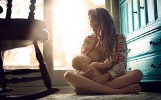 Ensaios fotográficos provam que a amamentar é um dos mais lindos atos