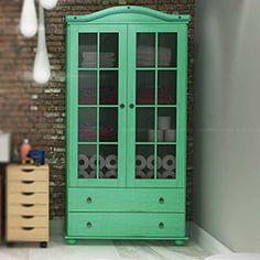Cristaleira com 2 gavetas e 2 portas Rústica Verde - Uvim | Lojas KD