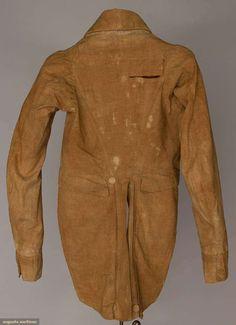 Boy's Nankeen Tail Coat (image 3) | 1815-1820 | linen | Augusta Auctions | April 20, 2016/Lot 167