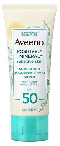 We Put 40 Different Sunscreens to the Test—These Are the 11 That Really Work Best Sensitive Face: Aveeno Positively Mineral Sensitive Skin Sunscreen SPF 50 for Face Sunscreen For Sensitive Skin, Good Sunscreen For Face, Sunscreen Spf 50, Natural Sunscreen, Natural Face Moisturizer, Best Moisturizer, Natural Skin, Oily Skin Care, Skin Care Tips