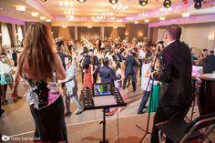 Formatie nunta Ana Flavian, este alegerea perfecta pentru a fi pe placul rudelor din mediul rural,   si in acelas timp un veritabil Cover Band Bucuresti