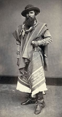 An AWESOME Mans Life - Portrait of a gaucho from Argentina photographed in Peru, 1868 Cultures Du Monde, World Cultures, Rio Grande Do Sul, We Are The World, People Of The World, Real People, Vintage Photographs, Vintage Photos, Vintage Portrait