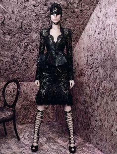 Vogue Paris.  Photographer: David Sims.  Model: Kati Nescher.