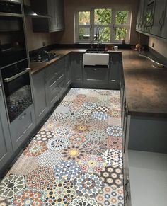 Constantinople Hexagon Moroccan Turkish Patchwork Porcelain Wall & Floor Tiles - Constantinople Hexagon Moroccan Turkish Patchwork Porcelain Wall & Floor Tiles by ArtisanTileCompan - Kitchen Room Design, Home Decor Kitchen, Kitchen Flooring, Kitchen Backsplash, Kitchen Interior, New Kitchen, Home Kitchens, Small Modern Kitchens, Cocina Peculiar