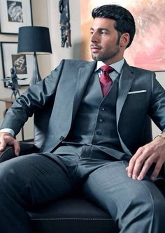 Dario Beck Suit and Tie Bulges Costume Sexy, Mode Costume, Sharp Dressed Man, Well Dressed Men, Hot Hunks, Hunks Men, Komplette Outfits, Hommes Sexy, Mens Fashion Suits