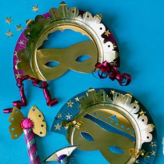 Masques de roi et reine pour le carnaval