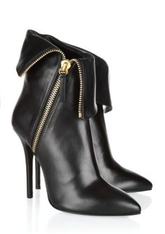 Ankle boots I want!
