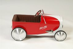 Pete Chapouris pedal car