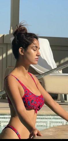 Bollywood Actress Hot Photos, Indian Actress Hot Pics, Bollywood Girls, Beautiful Bollywood Actress, Most Beautiful Indian Actress, Bollywood Celebrities, Red Bikini, Bikini Girls, Bikini Babes