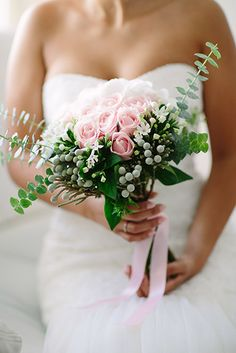 flowers and decor for Sara & Diogo wedding by Design com texto ... photography by Momento Cativo