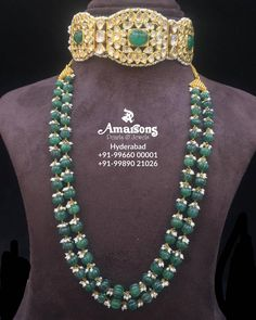 Stunning Polki Choker with Emerald Mala from Amarsons Pearls and JewelsWhatsapp on : Real Gold Jewelry, White Gold Jewelry, Gold Jewellery Design, Emerald Jewelry, Bead Jewellery, Indian Jewelry, Beaded Jewelry, Beaded Necklace, Indian Necklace