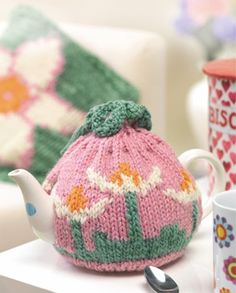 Flower Teacosy & Cushion - free knitting pattern download from Let's Knit!