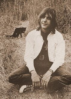 Strawberry Fields Whatever: Seven Good Reasons Why Gram Parsons Is My New Number-One Dream Boy of All Time